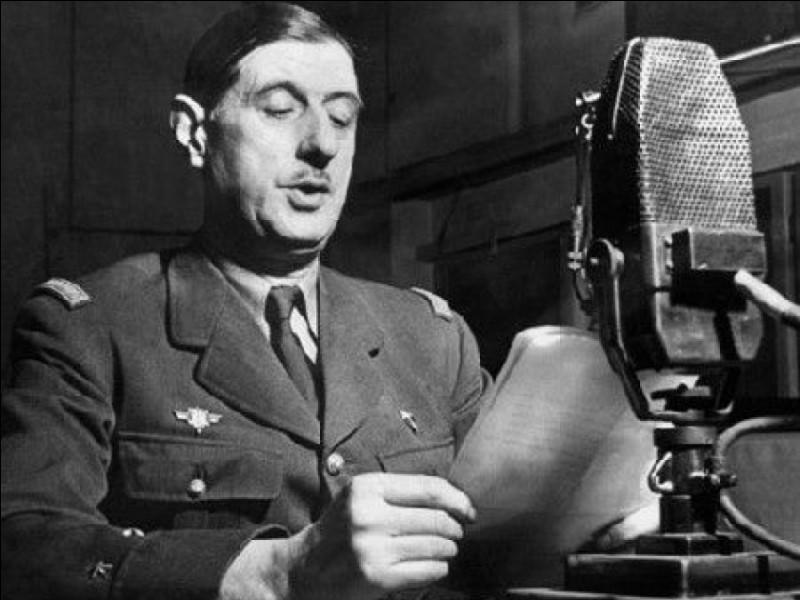 Charles de Gaulle tint un discours à Londres le 18 juin 1940.Quel message adressa-t-il aux Français ?