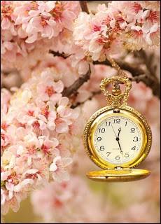 """Quel est donc ce personnage littéraire qui ne cesse de regarder sa montre, de peur (légitime) d'être """"en retard, en retard, en retard"""" ?"""
