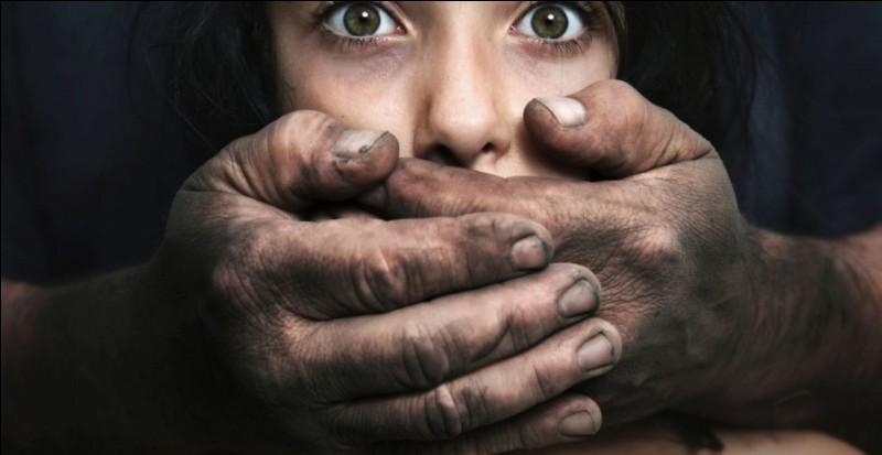 Combien de viols sont comptabilisés par heure en France ?