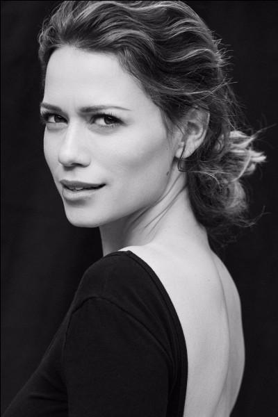 Quelle actrice joue le rôle d'Haley James ?