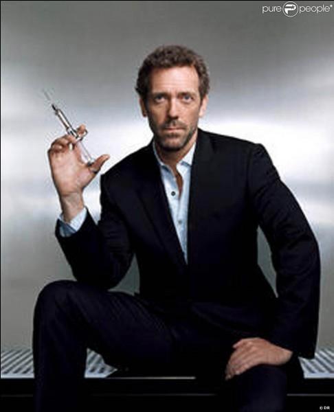 Le docteur House de la série télévisée du même nom est incarné par Patrick Dempsey.