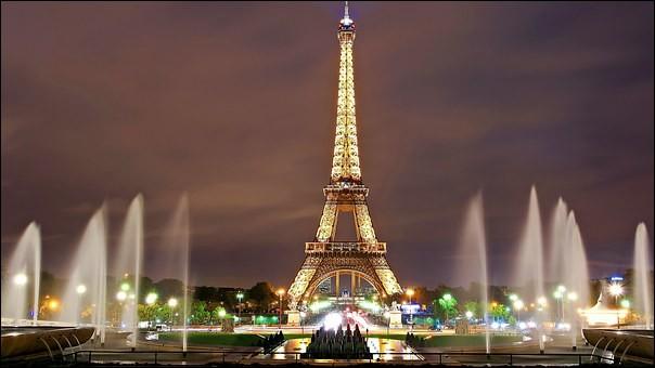 Quel est le monument symbole de Paris ?