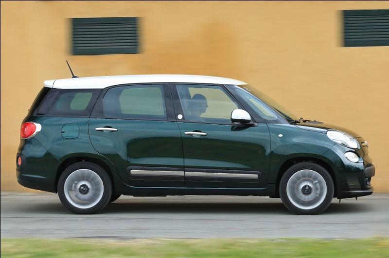 Quel est le nom de cette Fiat moche ?