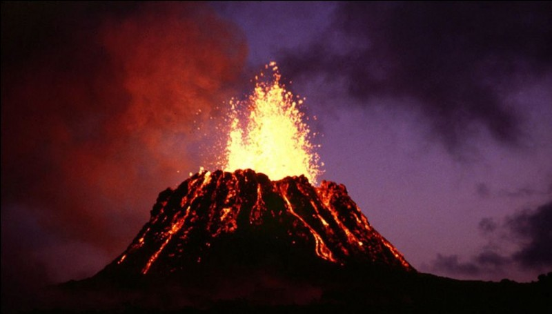 Sur quelle planète trouve-t-on le volcan le plus haut du système solaire ?