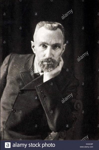 1895 : où Pierre Curie et elle se marient-ils ?