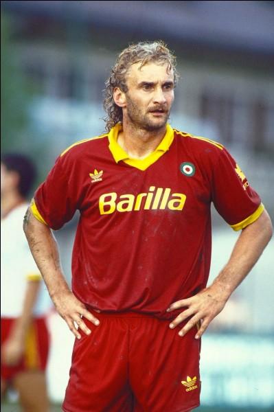 Joueur allemand ayant joué à l'AS Rome. Qui est-ce ?