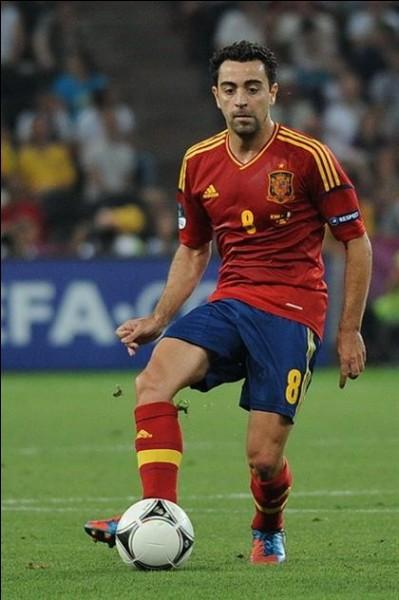 Joueur espagnol ayant joué au FC Barcelone. Qui est-ce ?