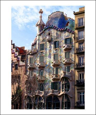 La Casa Batlló est une œuvre du génial Antoni Gaudí.