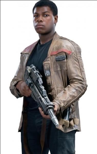 Dans quelle série de films voit-on un personnage appelé Finn ?