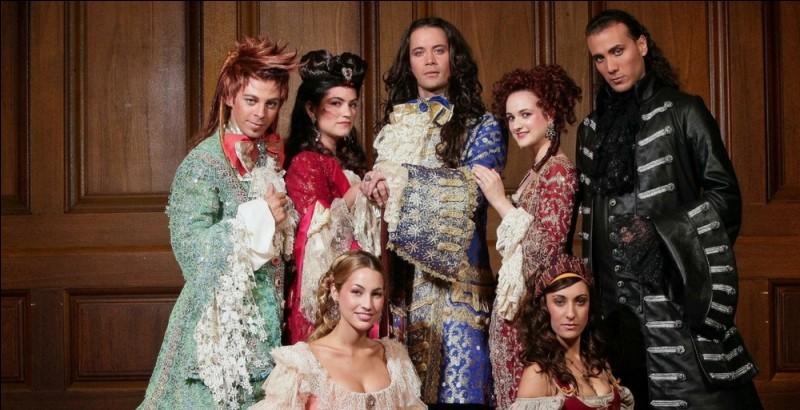 E - Qui a incarné le roi Louis XIV dans la comédie musicale ''Le Roi Soleil'' ?