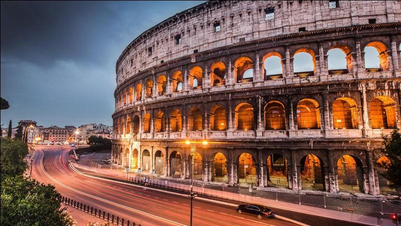 Comment appelle-t-on cette période de paix à Rome, dans les premiers siècles après JC ?