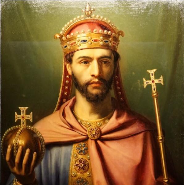 Quand Charlemagne fut-il couronné ?