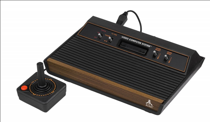 Jeux vidéos : l'Atari 2600 est une console produite par Nintendo.