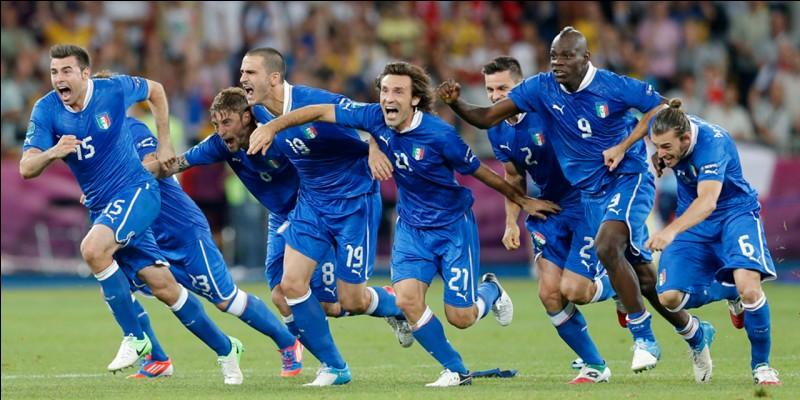 Quelle grande équipe ne s'est pas qualifiée pour cette Coupe du monde ?