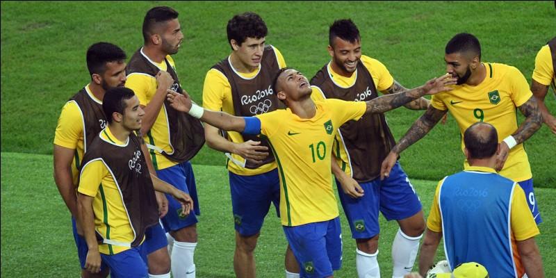 Qui sera l'entraîneur de l'équipe brésilienne pour cette Coupe ?