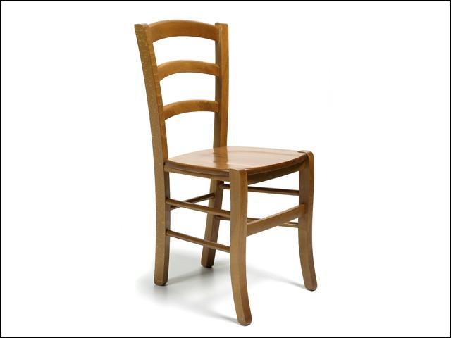A quelle famille appartient cette chaise ?