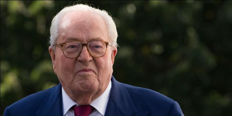 Pour quelle raison Jean-Marie Le Pen serait-il hospitalisé le 13 juin 2018 ?