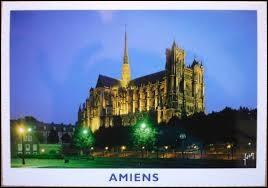 À Amiens (Somme), les habitants portent le gentilé ...