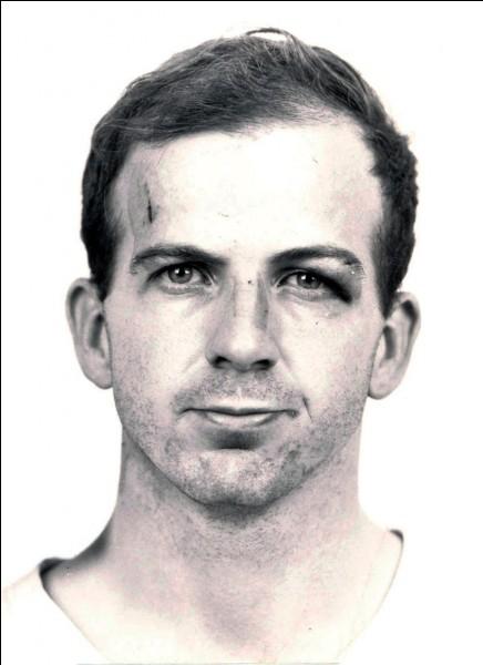 Sur quel président américain Lee Harvey Oswald a-t-il tiré ?