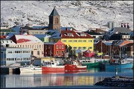 Quel archipel rattaché à la France se trouve en Amérique du Nord ?