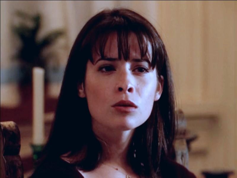 Dans la saison 1, de qui Piper tombe-t-elle amoureuse ?