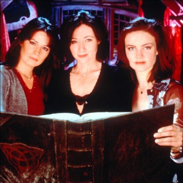 """En quelle année a été créée la série """"Charmed"""" ?"""