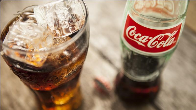 """Il y a de la caféine dans le """"Coca-Cola""""."""