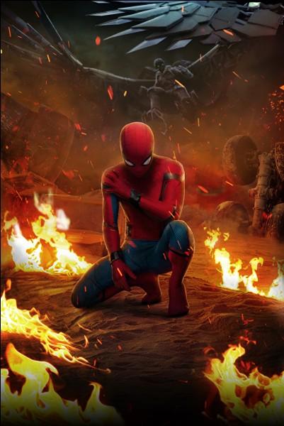 """Après la grande bataille de quel film se situe la première scène de """"Spider-Man Homecoming"""" où l'on voit des ouvriers entrain de rénover un champ de bataille ?"""