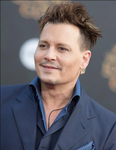 Johnny Depp souffre d'un trouble, l'oniomanie. Vrai ou faux ?