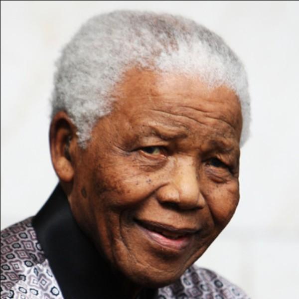 De quel pays Nelson Mandela a-t-il été président de 1994 à 1999 ?