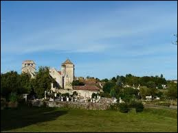 Petit tour en Nouvelle-Aquitaine, à Liorac-sur-Louyre. Commune de l'aire urbaine de Bergerac, elle se situe dans le département ...