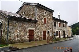 Je vous emmène maintenant en Auvergne-Rhône-Alpes, à Asperjoc. Nous sommes dans le département ...