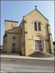 Village Deux-Sévrien, La Chapelle-Thireul se situe dans l'ancienne région ...