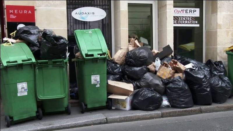 En moyenne, un Français génère 90 kilogrammes de déchets ménagers par an.