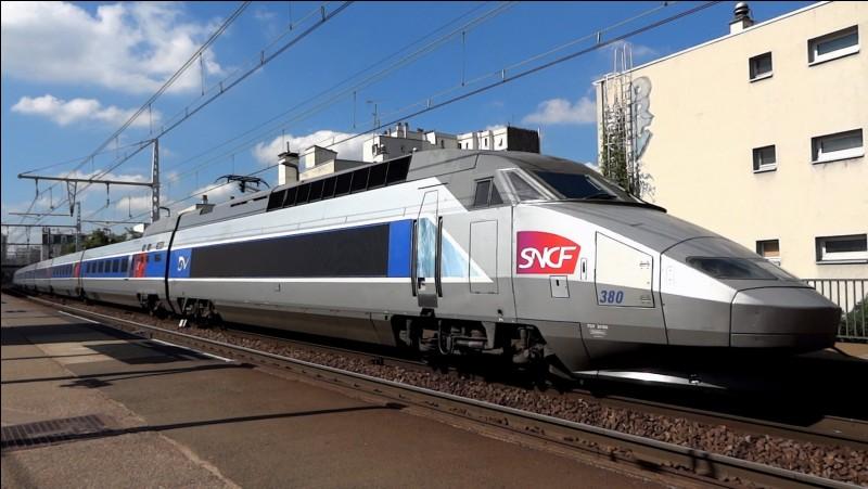 Dans un TGV, il n'est pas interdit de fumer.