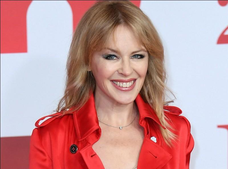 Kylie Minogue, née le 28 mai 1968, est une chanteuse et actrice... ?