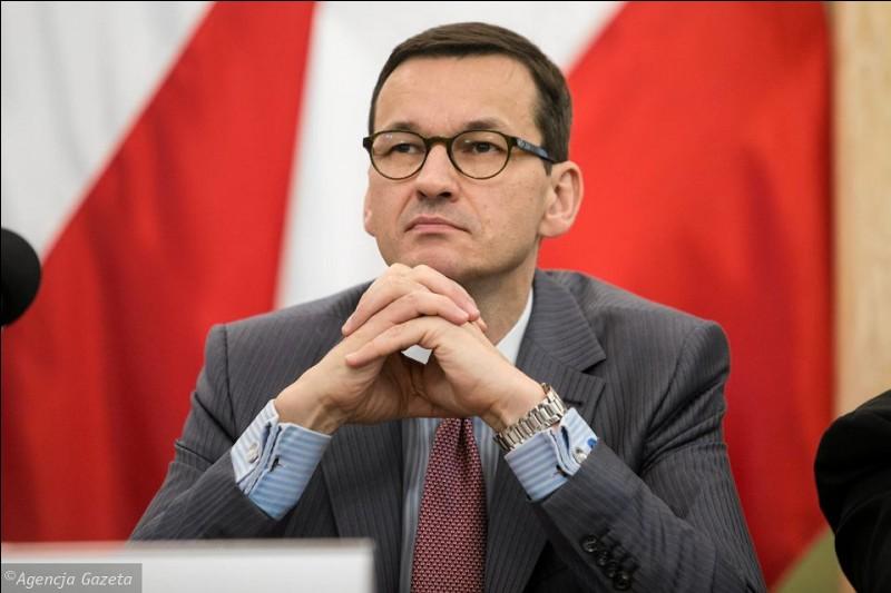 Mateusz Morawiecki, né le 20 juin 1968, est chef du gouvernement de son pays depuis décembre 2017. De quel pays européen s'agit-il ?