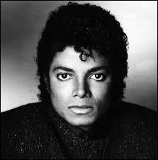 """Qui a coproduit avec Michael Jackson l'album """"Thriller"""" sorti en 1982 ?"""