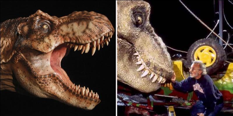 Combien de T-Rex adultes se trouvent sur l'île ?