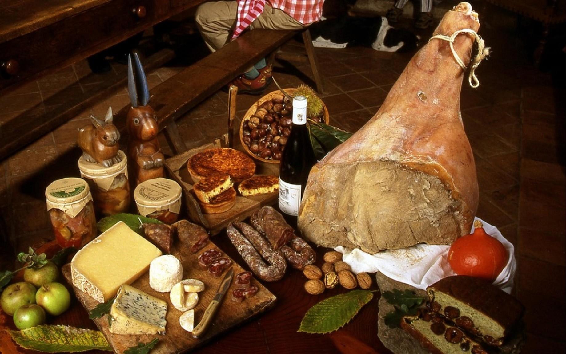A table ! Connaissez-vous l'origine de ces plats… ?