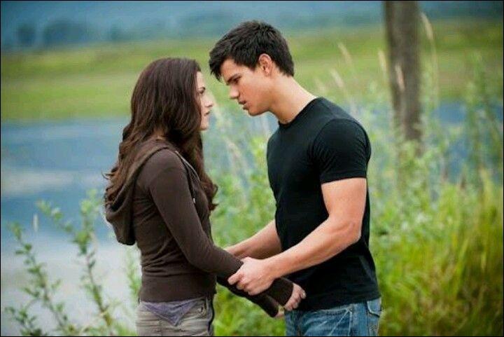 Bella a-t-elle embrassé Jacob ?