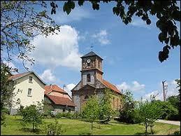 Village de l'agglomération Déodatienne, dans le Grand-Est, La Grande-Fosse se situe dans le département ...
