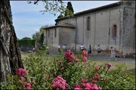 Petit village Tarn-et-Garonnais de 53 habitants, en Lomagne, Maumusson se situe dans l'ancienne région ...