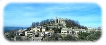Village viticole Gardois, Sabran se situe en région ...