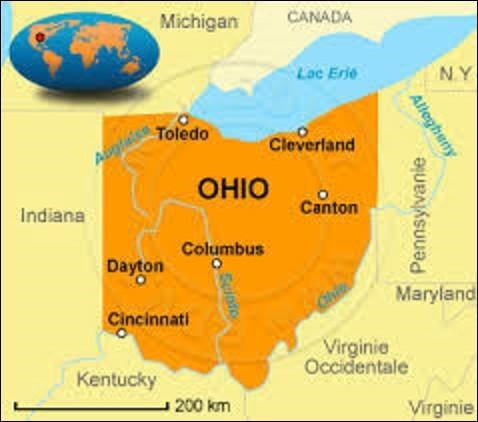 Peuplé de 11 658 609 âmes, l'Ohio est un État du Midwest. Devant son économie à des ressources naturelles importantes comme le sel, le pétrole (il est le 3e plus grand producteur du pays), le gaz, il peut se reposer aussi sur une agriculture intensive de tabac, céréales, coton et d'élevage. Adhérant à l'Union le 1er mars 1803, d'une superficie de 116 096 km², quelle ville en est la capitale ?