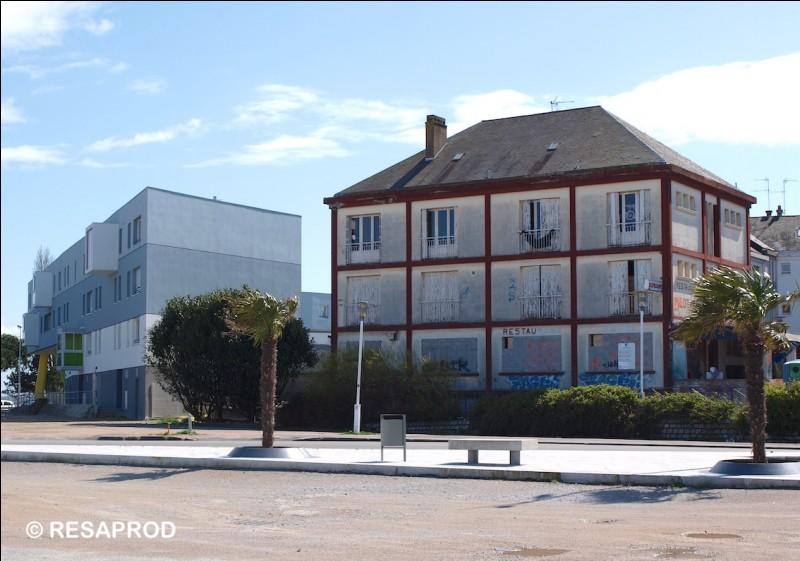 Quel hôtel se trouvait au Petit Maroc (années 50-80) ?