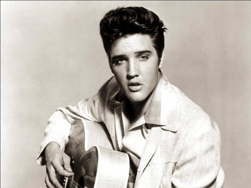 Quel était le surnom d'Elvis Presley ?