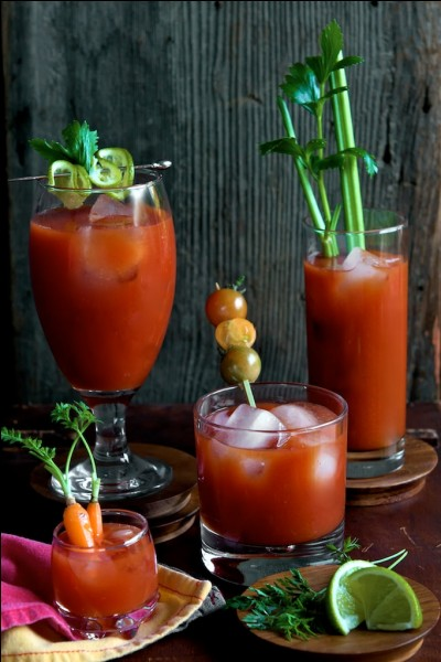 "Quel alcool est indissociable du cocktail ""Bloody Mary"" ?"