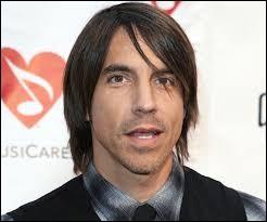 De quel groupe Anthony Kiedis est-il le leader ?