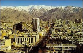 Localisation : Moyen-Orient Habitants : 8 846 782Climat : steppe A voir : palais du GolestanA vu naître : Mehdi Mahdavikia Quelle est cette ville ?